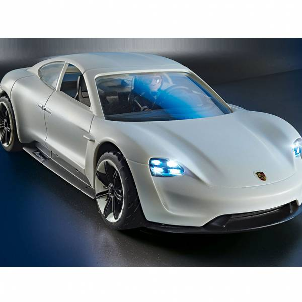 Porsche Mission E y Rex Dasher